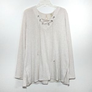 Chenault Long-sleeve Tie Front in Cream XXL
